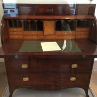 hamilton-desk